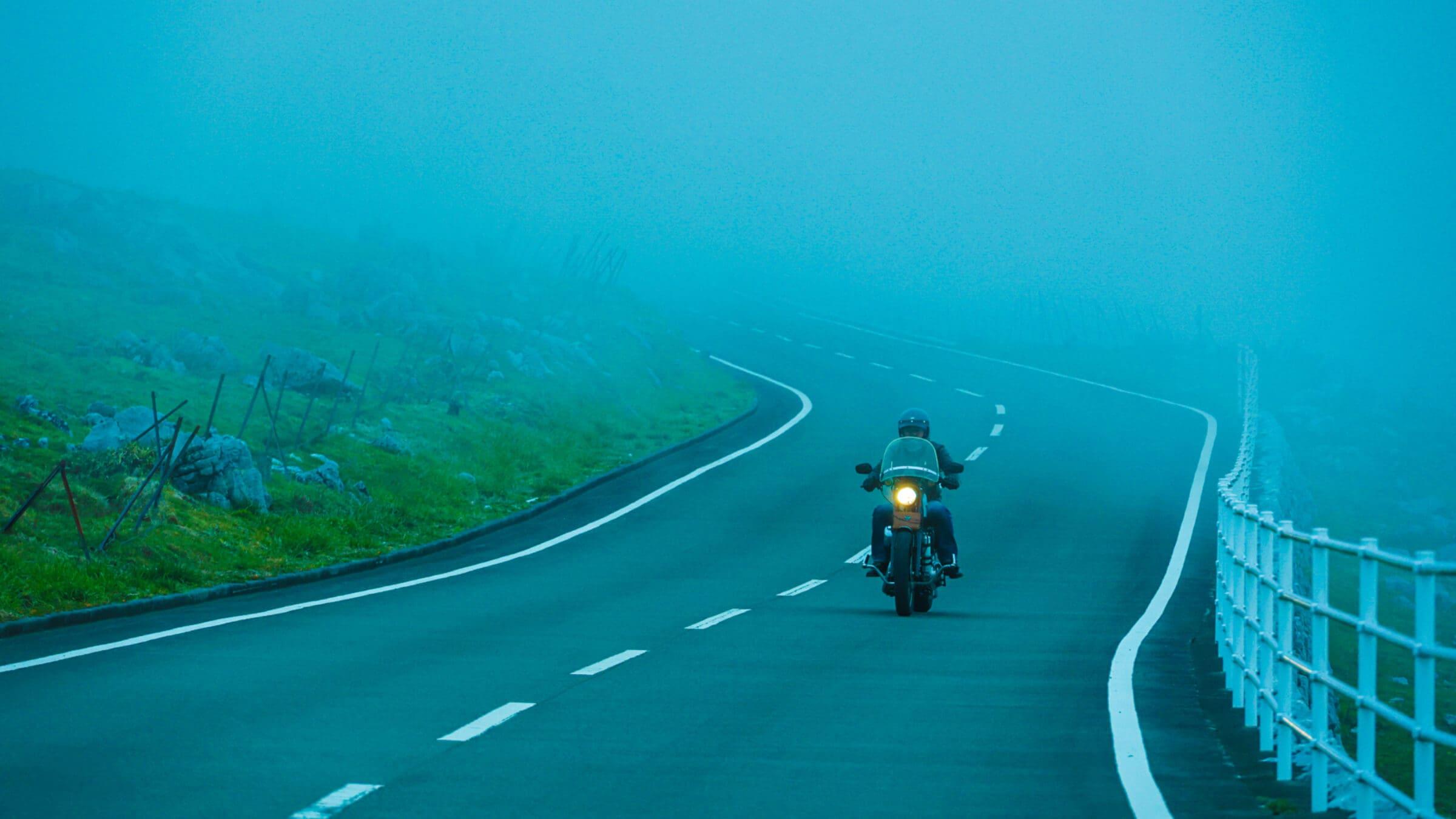 まるで天空散歩。360°絶景の天狗高原、四国カルストルート