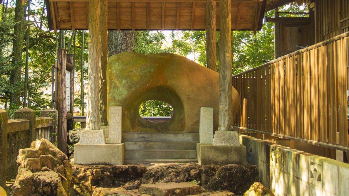 海を見守る土佐三大祭りの神社で厄を抜く「久礼八幡宮」