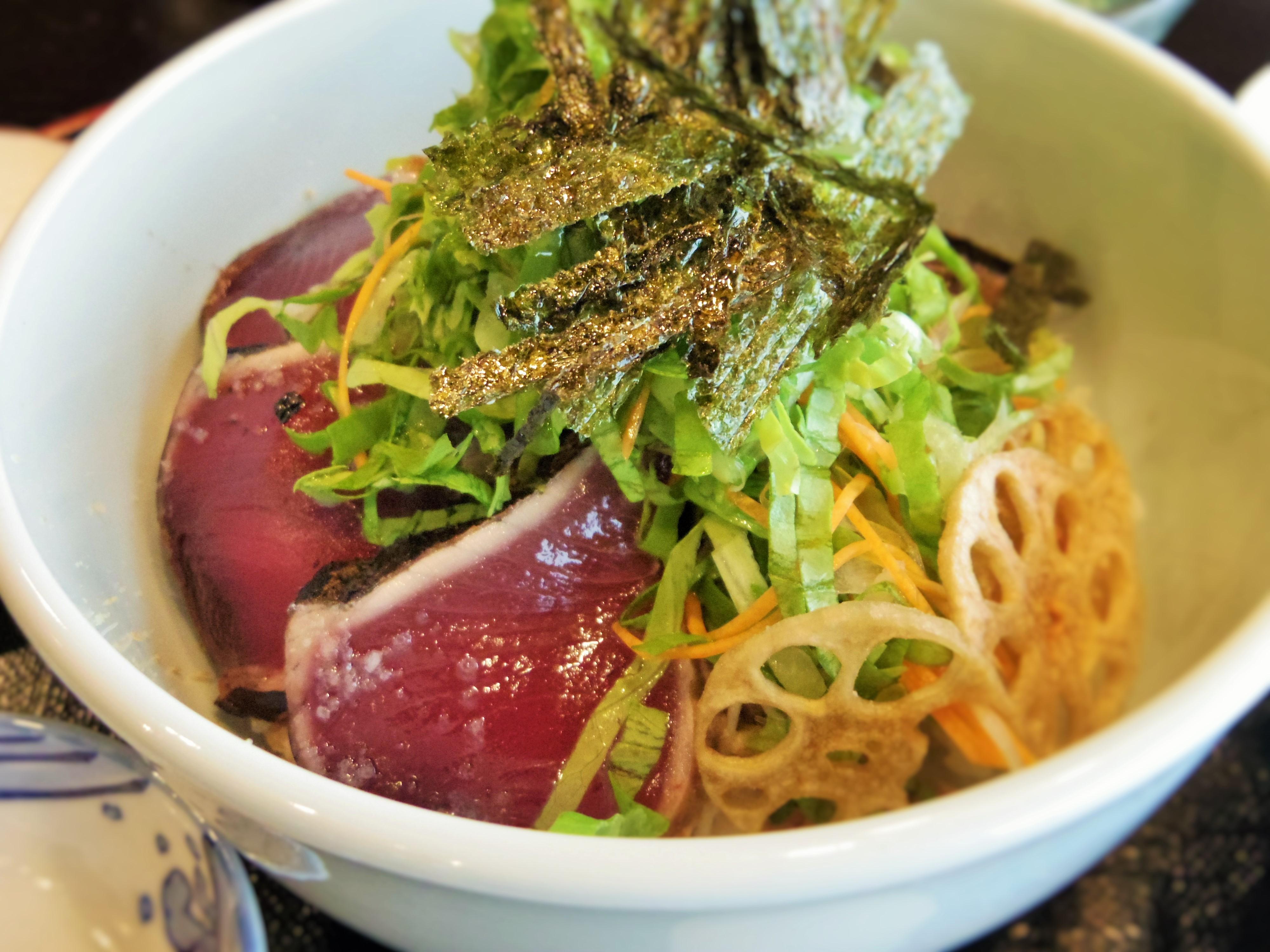 黒潮本陣 3選 塩タタキ丼