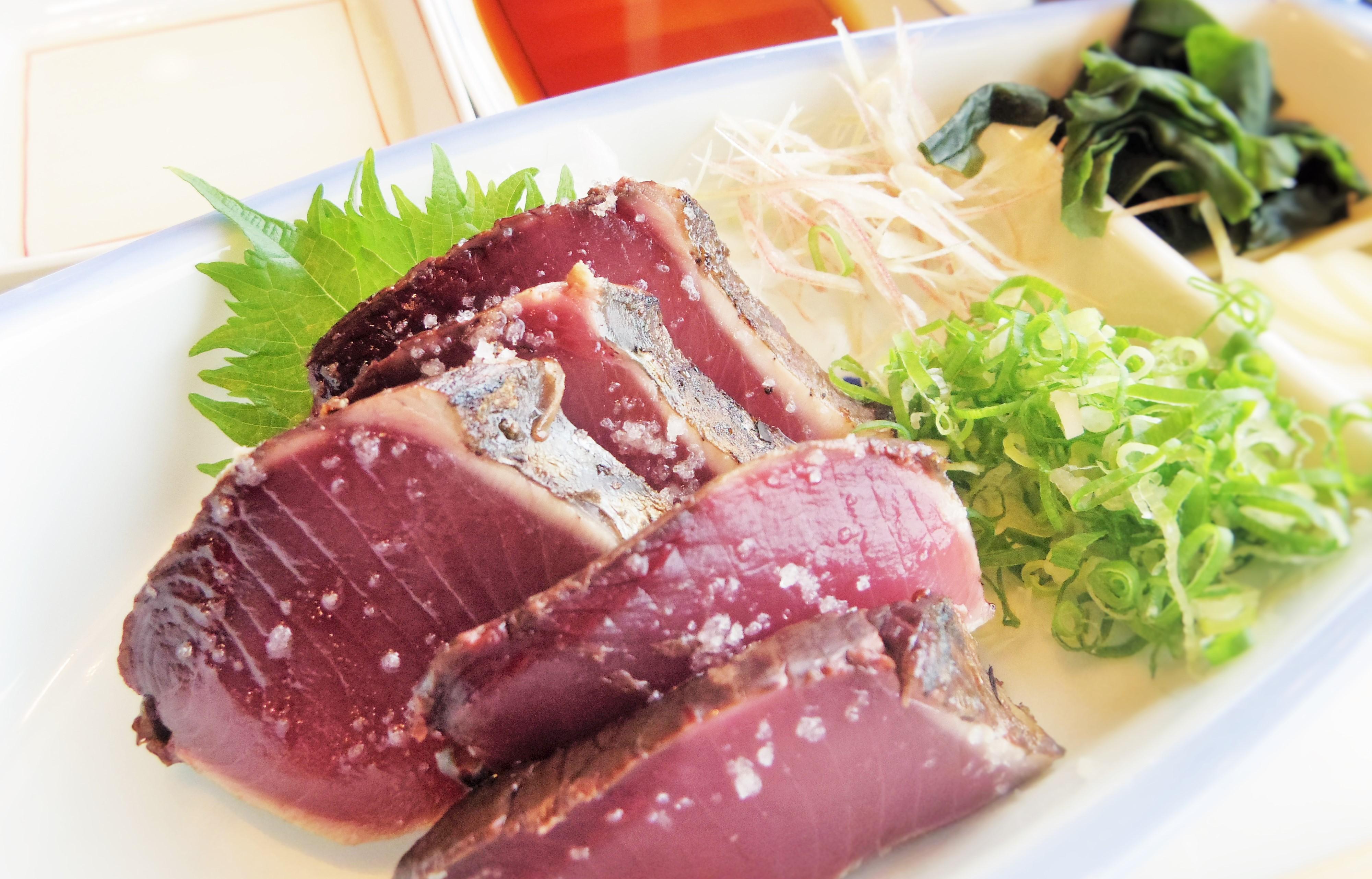 黒潮本陣 3選 塩タタキ定食