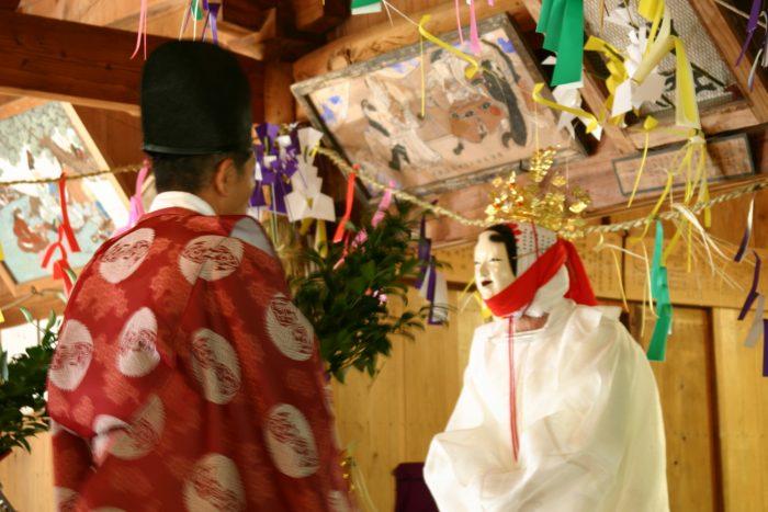 津野山古式神楽