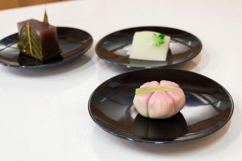 三十七番札所、岩本寺のすぐ近く。四万十で必ず立ち寄りたい和菓子屋さんをご紹介!