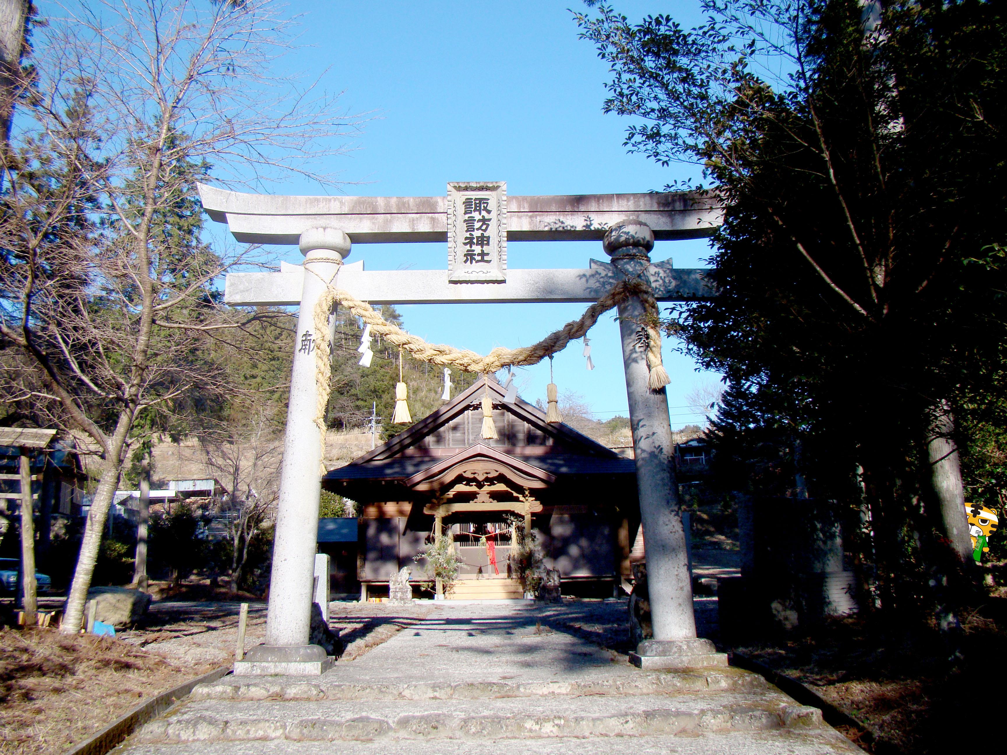 諏訪神社inトラ太郎
