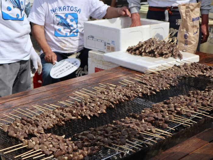 中土佐町 かつお祭 チチコの串焼き
