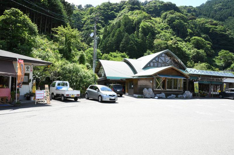 カレーがおすすめ!道の駅布施ヶ坂の隣にある「山里」