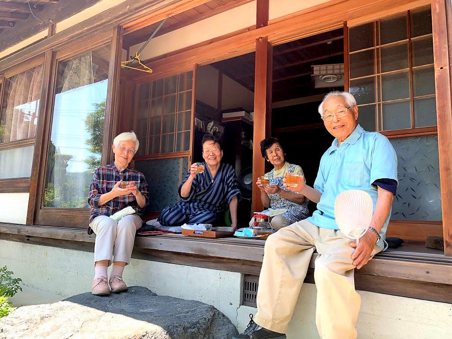 【つのつねづね】古民家の縁側でほっと… お茶とお雛さま巡り